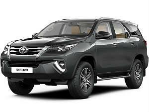 Чехлы на Toyota Fortuner